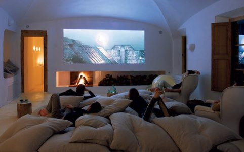 What is a Smart Projector? Why Do You Need a Smart Projector?