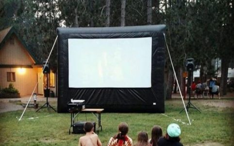 How to Hang Projector Screen Outside