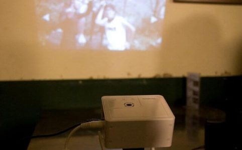 How to Play Movies on Mini Projector
